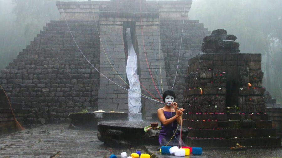 Brungkat, a site-specific theatre performance in Central Java